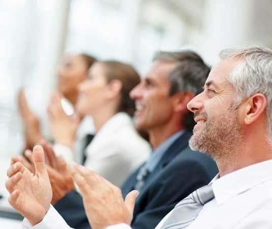 Werknemers werken beter zonder manager zegt onderzoek