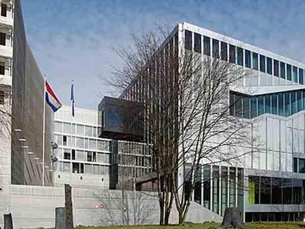 Rem Koolhaas - Nederlandse Ambassade Berlijn