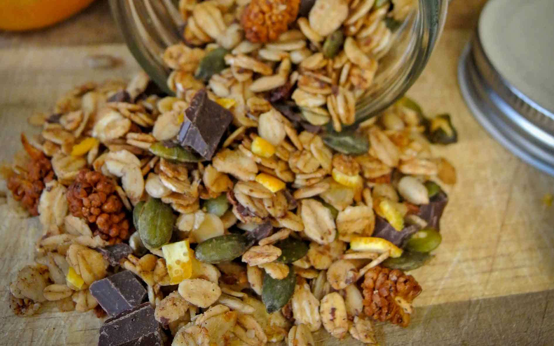 Recept: sinaasappel granola met chocolade