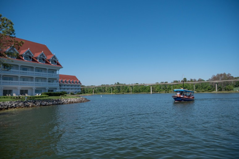 Disney's Grand Floridian Resort & Spa boating service to the parks