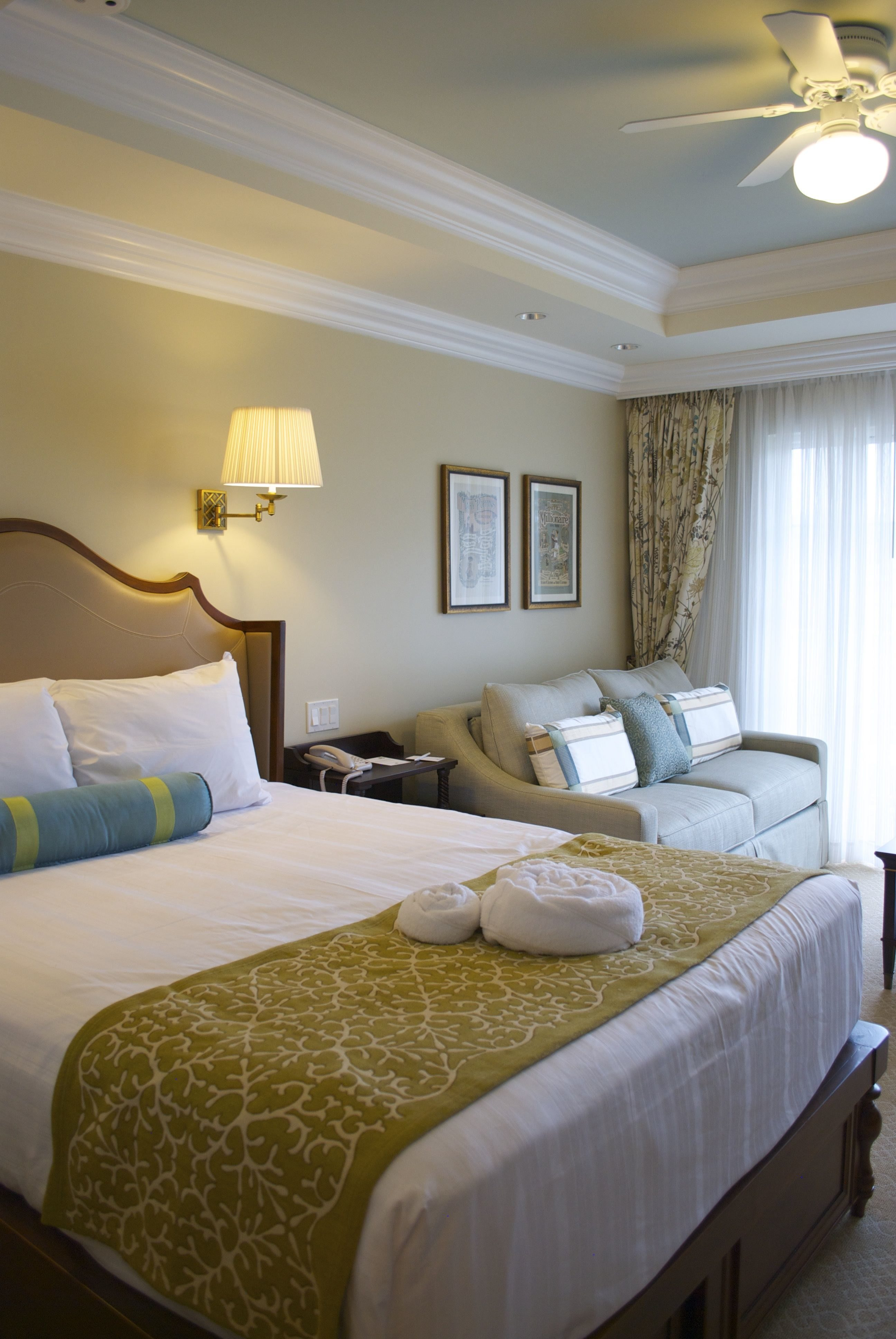 pull out bed chair office ergonomic the villas at disney's grand floridian resort & spa | dvc resale market
