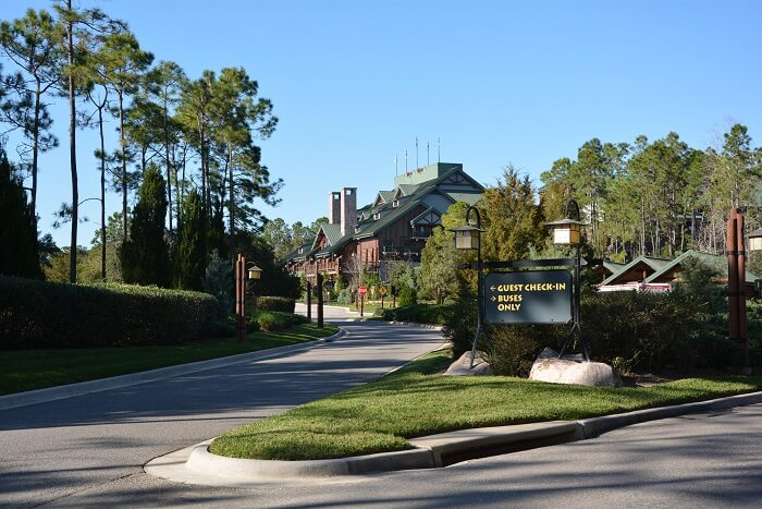 Guest Check-in at Disney's Boulder Ridge Villas
