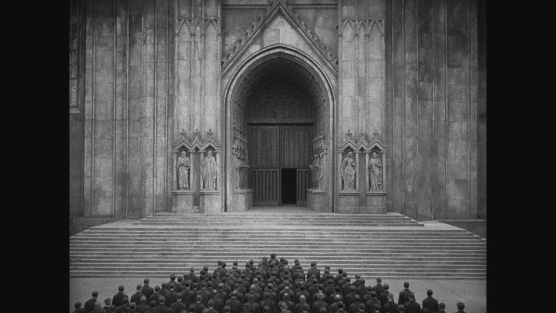 https://i0.wp.com/www.dvdbeaver.com/film3/blu-ray_reviews52/metropolis_blu-ray_/large2/large_metropolis_MoC_blu-ray_last.jpg