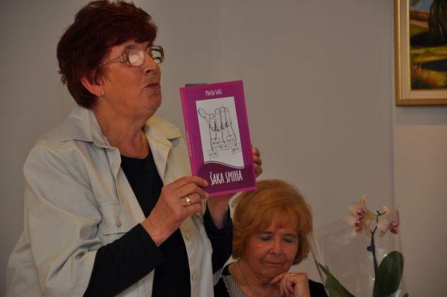 """Promocija knjige """"Šaka smiha"""" Marije Sošić"""