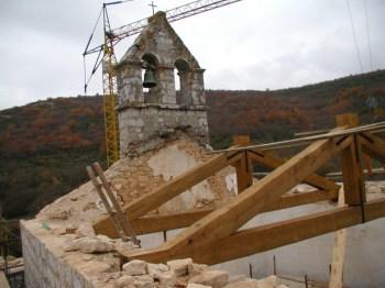 Gotička crkva Majke Božje od Lakuća