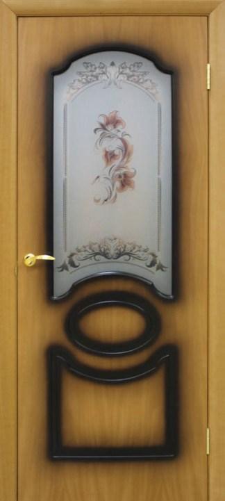 Двери Виктория орех миланский Омис со стеклом и цветком