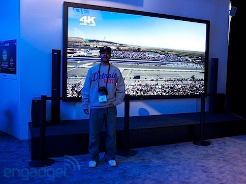 Panasonic has giant 152inch plasma TV at CES