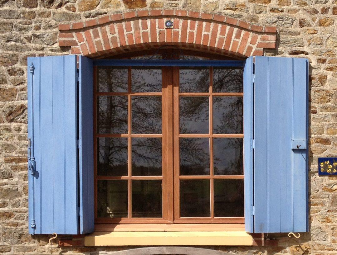 Rénovation de vos fenêtres en bois et pose de double vitrage à Chauvigny
