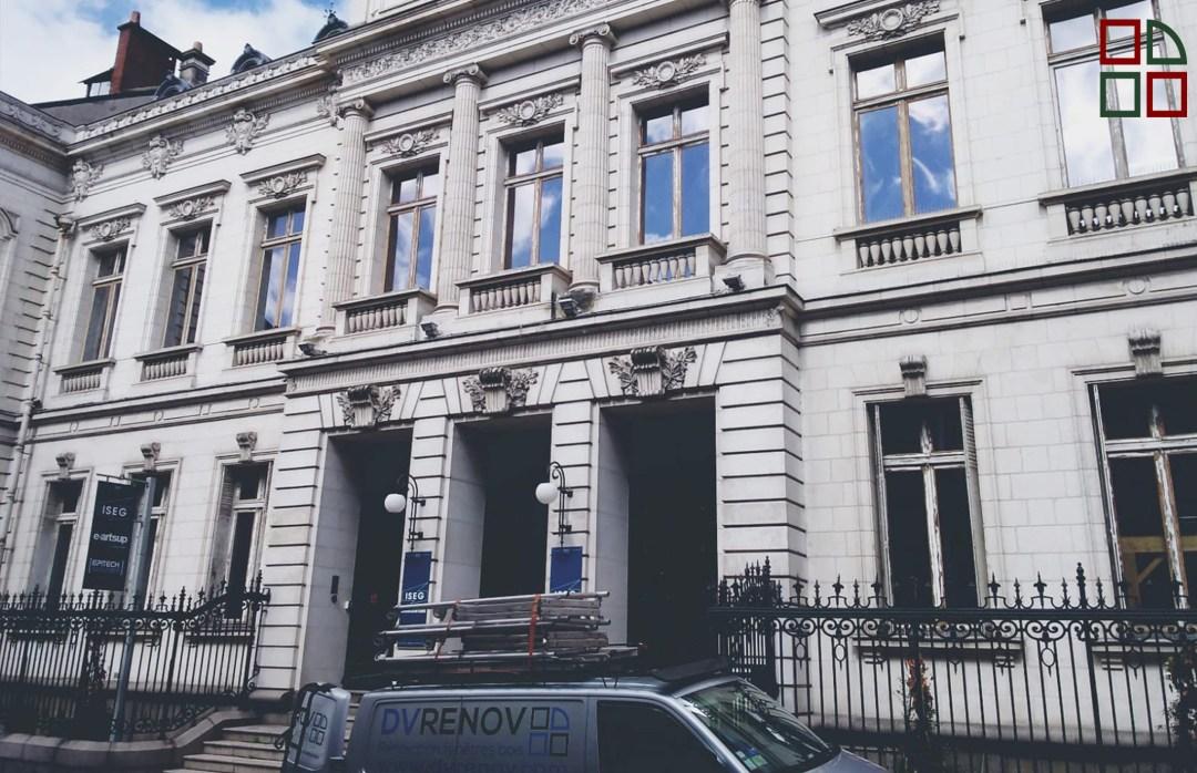 DVRenov chantier en ville remplacement des ouvertures bois