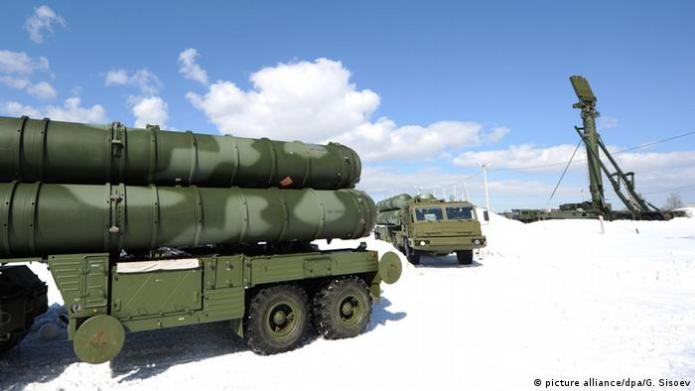 Symbolbild Russland S-400 Raketenabwehr an Grenze zur Türkei