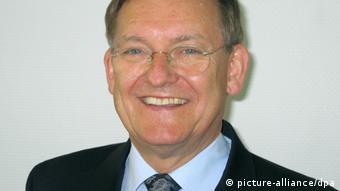 Robert Schmucker Raketenexperte (picture-alliance/dpa)
