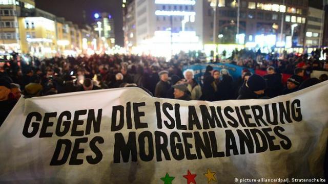 Deutschland Demo der Anti-Islam-Bewegung Hagida in Hannover