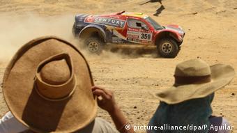 El rally Dakar dañó el enorme patrimonio cultural de Nasca.