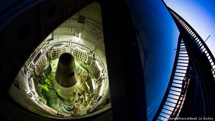 A nuclear Titan II missile (picture-alliance/dpa/J. Lo Scalzo)