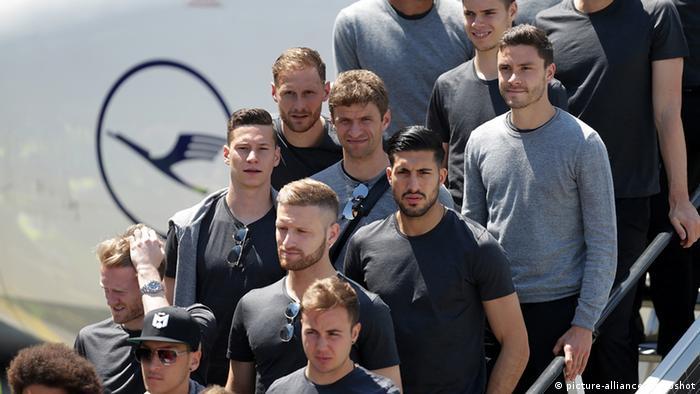 يورو 2016 أطول اللاعبين وأثقلهم وأصغرهم و عالم