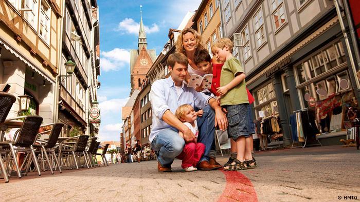 Linha vermelha liga atrações em Hannover