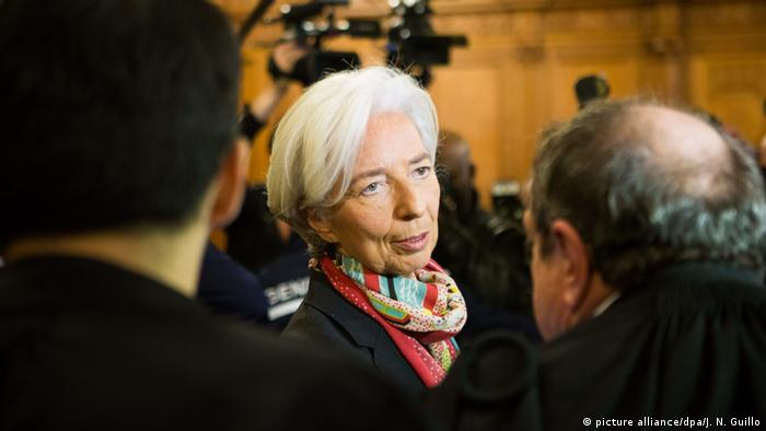 Lagarde in court (picture alliance/dpa/J. N. Guillo)