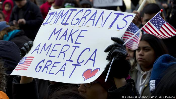 USA Day Without Immigrants-Protest in Washington (picture alliance/AP Photo/J. Luis Magana)