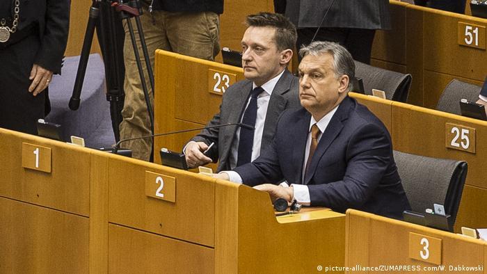 Belgien Brüssel - Viktor Orban im EU Parlament (picture-alliance/ZUMAPRESS.com/W. Dabkowski)