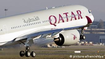 Katar Doha Qatar Airlines beim Start (picture-alliance/dpa)