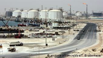 Katar - Gasanlagen von Ras Laffan (picture-alliance/dpa/T. Brakemeier)