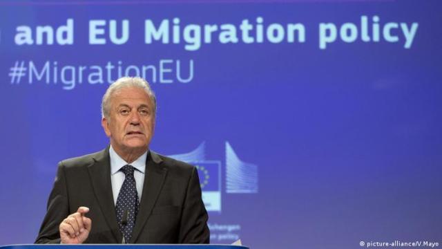 Brüssel, Dimitris Avramopoulos, EU-Kommissar Migration (picture-alliance / V.Mayo)