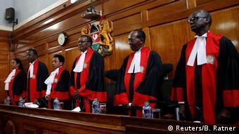 Kenia Nairobi Oberstes Gericht bestätigt Wiederwahl Kenyattas (Reuters/B. Ratner)