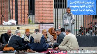 Anschlag Ägypten Sinai Verwandte Opfer (AFP/Getty Images/M. El Shahed)