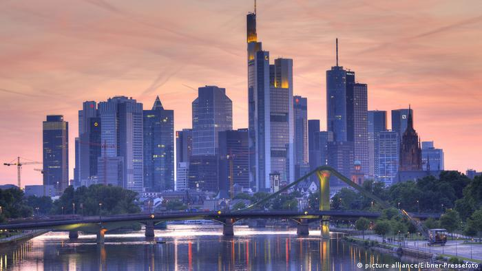 Frankfurt skyline (picture alliance/Eibner-Pressefoto)