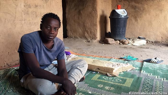 Niger Flüchtlingsdrehkreuz Agadez (picture-alliance/dpa/K. Palitza)