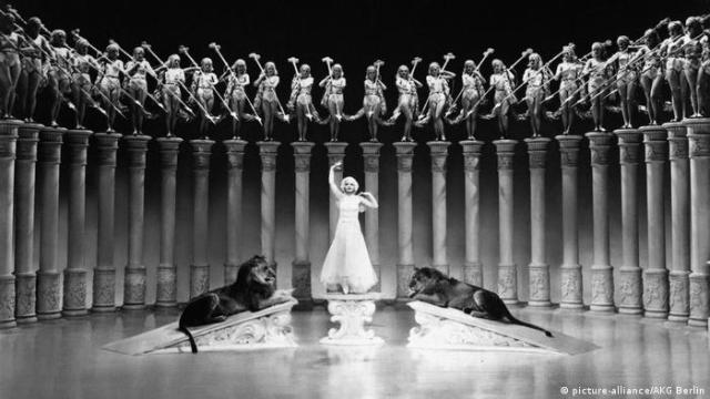 BG Oscargewinner historisch | Der große Ziegfeld 1937 (picture-alliance / AKG Berlin)