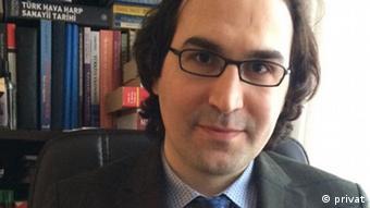Dr. Kerim Has