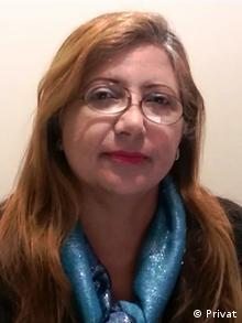 Porträt von der venezolanischen Journalistin Sebastiana Barráez (Privat)