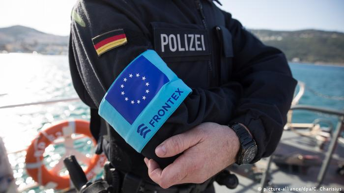 A German police officer wearing a Frontex armband