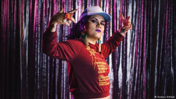 Rebeca Lane, música feminista
