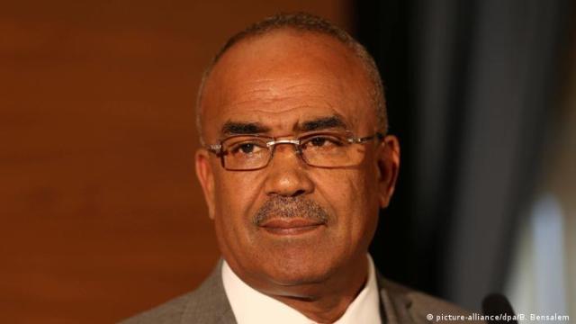 Algerien: Ministerpräsident Noureddine Bedoui (picture-alliance / dpa / B. Bensalem)