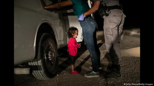 World Press Photo Contest 2019 | Gewinner Photo of the Year (John Moore / Getty Images)