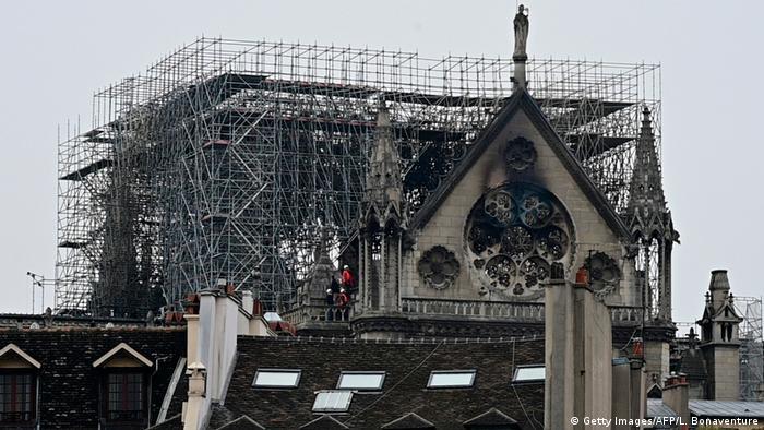 Frankreich Paris | Brand der Kathedrale Notre-Dame de Paris (Getty Images/AFP/L. Bonaventure)