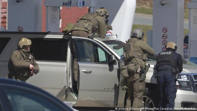 Operativo policial en Nueva Escocia, Canadá.