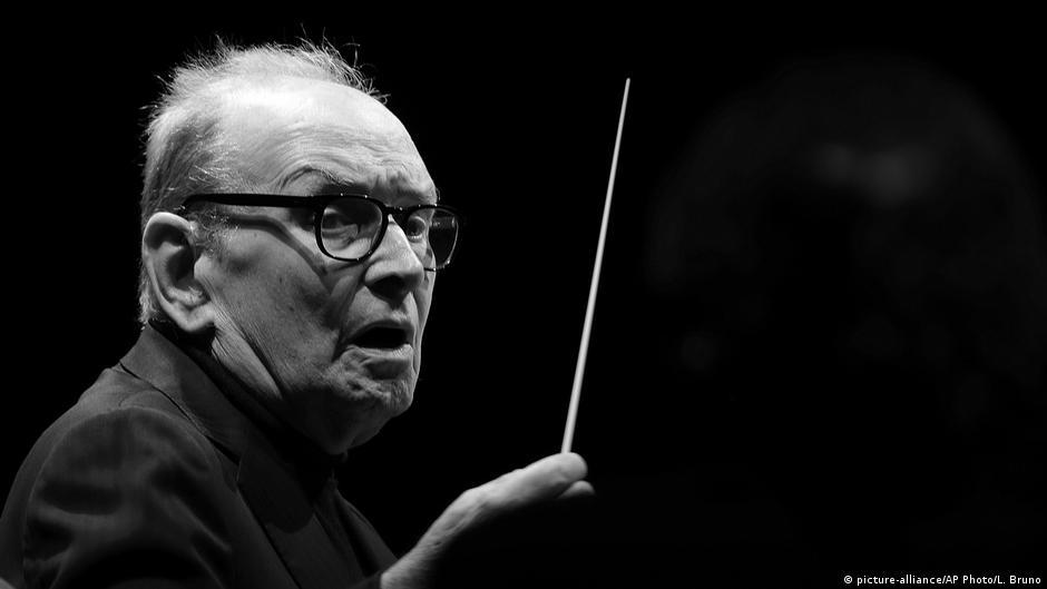 Morre aos 91 anos o compositor Ennio Morricone | DW | 06.07.2020