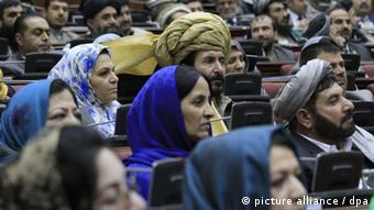 Afghan Parliamentarians listen to a speech by President Hamid Karzai (not in picture) during the opening session of Afghan Parliament in Kabul, Afghanistan, 06 March 2013. (Photo: EPA/S. SABAWOON +++(c) dpa - Bildfunk+++)
