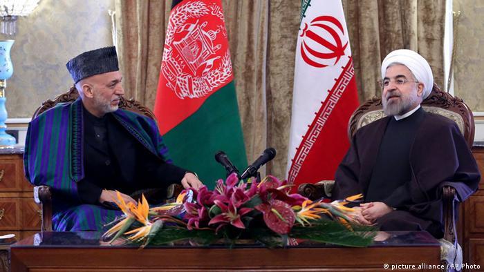 Afghanistans Präsident Hamid Karsai zu Besuch bei Irans Präsident Hassan Rohani