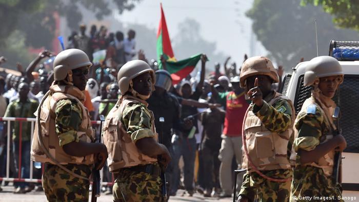 Burkina Faso - Demonstrationen gegen den Präsidenten.