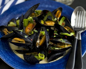65787_garlic_and_leek_mussels
