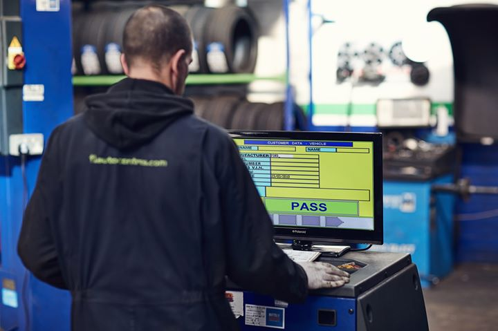 Are you an MOT tester? Get on top of the new MOT training and assessment topics for 2019 to 2020. 🤓You'll learn new topics and improve your general MOT knowledge.https://www.gov.uk/mot-tester-training-assessments/training