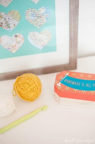 silhouette challenge crochet hook storage box
