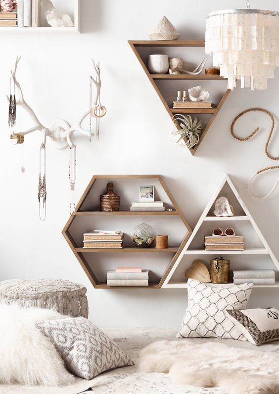 modern bohemian bedroom inspiration - storage