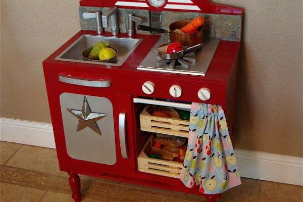 DIY: Kids Kitchen Makeover
