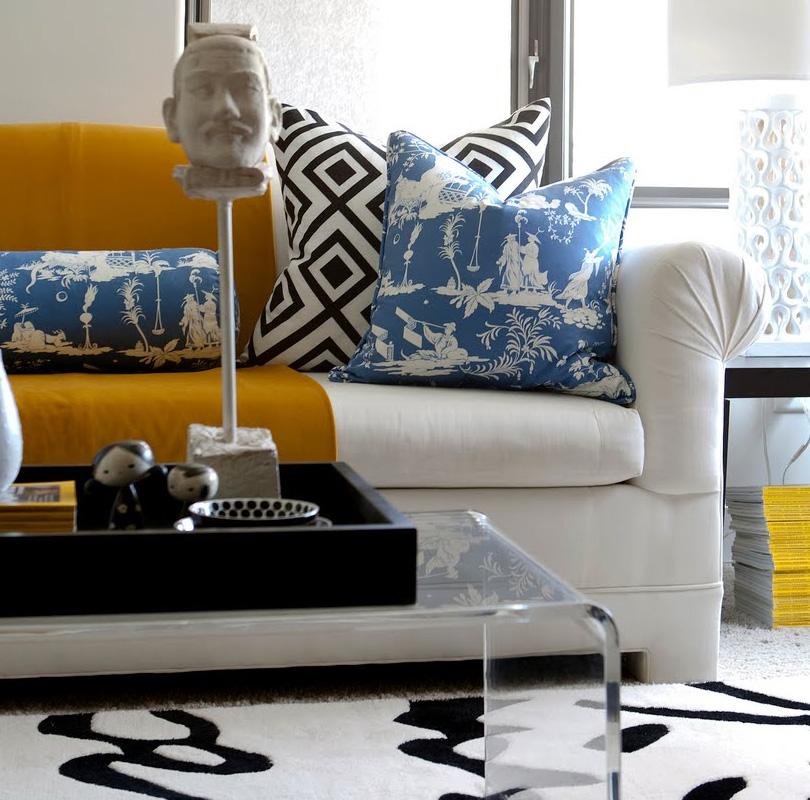 amazing-contemporary-living-room-white-yellow