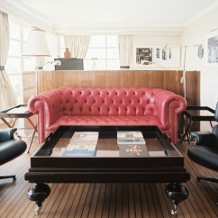 Tufted Leather Sofa With Rolled Arms Craigslist Sectional Dallas 21 Living Room Designs